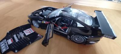 FERRARI 575 GTC Donington 2004 KYOSHO 1:18 + PODPIS !!!