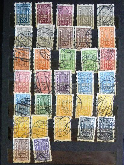 3844 Sbírka známek SVĚT + 10 zásobníků - Filatelie
