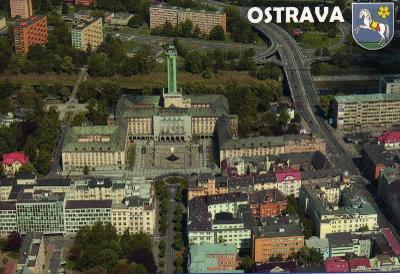 město Ostrava - - budova Nové radnice - letecký pohled, erb