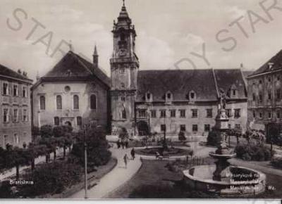 Bratislava - Pressburg - Pozsony (Slovensko), Masa
