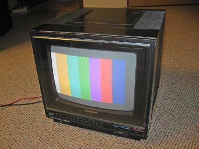 NTSC přenosný televizor / monitor Sharp