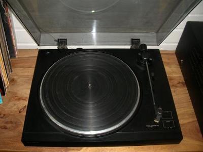 Gramofon Sony PS-LX 100