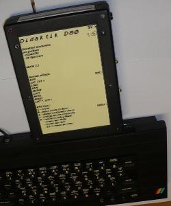 Disketová mechanika kompatibilní s D80