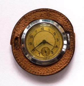 Staré zajímavé atypické kapesní hodinky art-deco