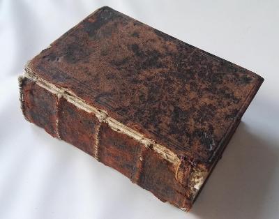 vzácná kniha asi z roku 1742 / s rukopisu