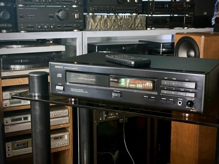 ♫♪♫ ONKYO DX-7011 - TV, audio, video