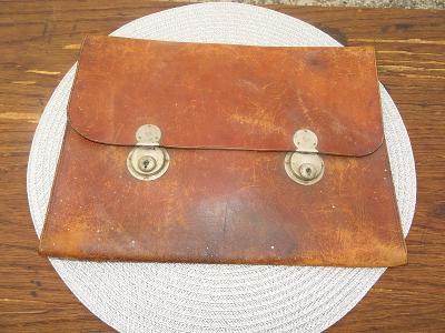 Stará malá kožená aktovka - 31 cm - 23,5 cm - od kačky