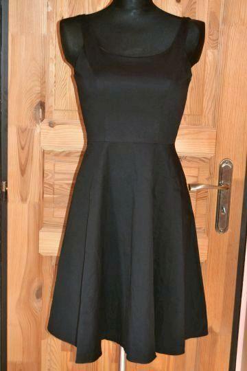 Pěkné černé šaty Blonlinedress, vel. M