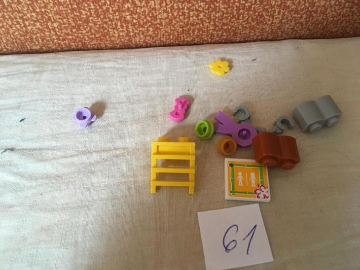 Lego díly 61 - Hračky