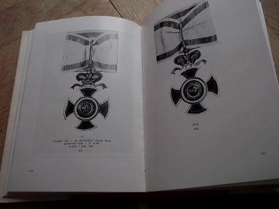hledaná Kniha Měřička katalog Černohorských vyznamenání ,RU Monarchie