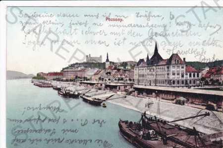 Bratislava(Pozsony), částečný záběr města, přístav