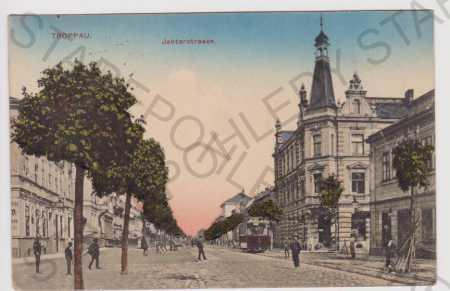 Opava (Troppau), Jaktarstrasse, tramvaj, barevná