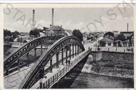 Kroměříž, nábřeží, most, továrna