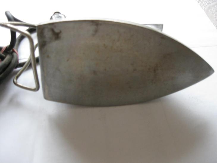 Stará žehlička - Starožitnosti