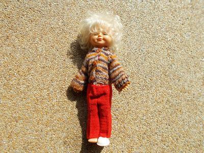 Plastová mrkací panenka   42cm - od 1kč