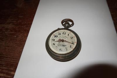 Staré kapesní hodinky Roskopf s lokomotivou