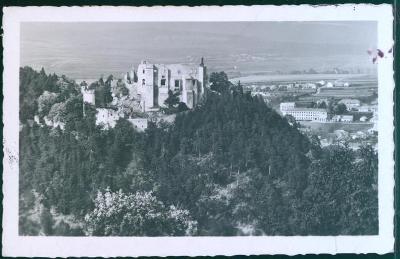 10D1955 BOSKOVICE hrad