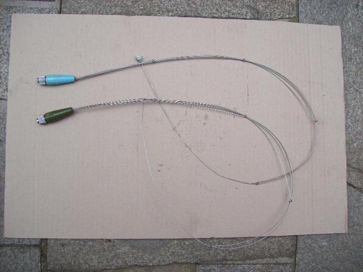 Anténa na starou vysílačku (2 kusy) - Starožitnosti