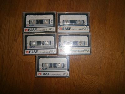 MC BASF  chromdioxid II -  5 kusů