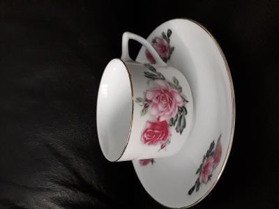 Šálek s podšálkem motiv růže Čína