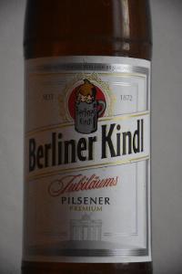 Prázdná německá pivní láhev BERLINER KINDL, 0,5L