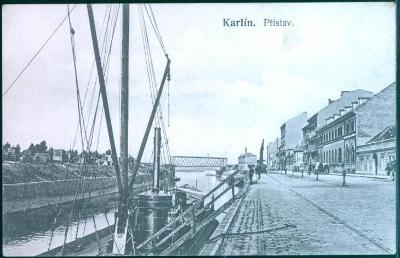 10D1426 Praha Karlín, přístav loď