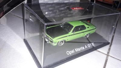 Opel Manta A GT/E zelený - Schuco art. 02526 - TOP stav 1:43 nový