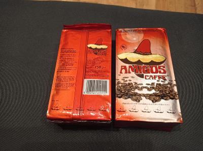 italská mletá káva Amigos Qualita Rossa pro espresso 2 x 250g
