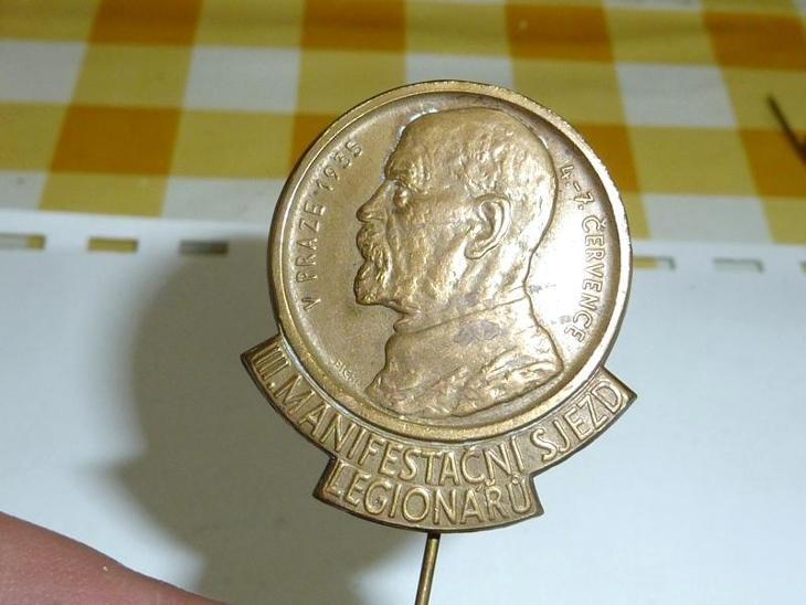 1 republika  1935  .. LEGIE  .. MASARYK  starý  odznak   - Vojenské