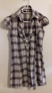 Velmi hezká prodloužená dámská halenka - košile - vel S - 36