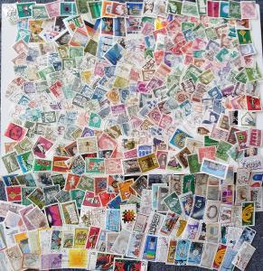 Každá jiná - poštovní známky Bundespost 342ks