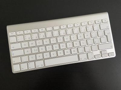 Apple Magic Keyboard A1314 / CZ Bluetooth Klávesnice