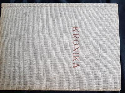 kronika v plátně, nepopsaná 31 x 23 cm