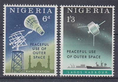 NIGÉRIE Výzkum vesmíru ** Mi 134-135 (Mi€ 0,8)