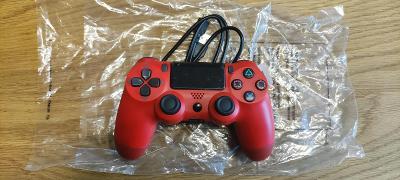 Bezdrátový ovladač PS4 červený