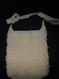Háčkovaná kabelka přes rameno s korálky 27x28x7 cm