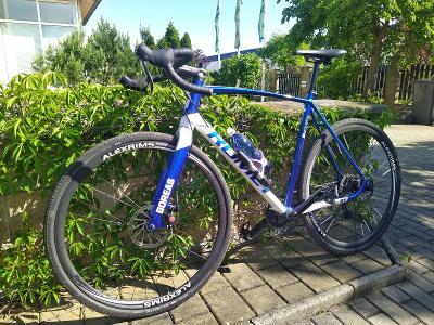 Gravel bike Romet pánský