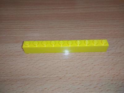Lego díl 6111 - kostka dlouhá žlutá