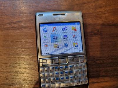 Mobil Nokia E61i, rarita, investice, vzácné, čtěte