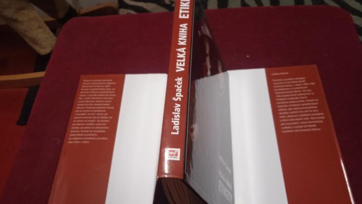 KNIHA VELKÁ KNIHA ETIKETY LADISLAV ŠPAČEK - Knihy