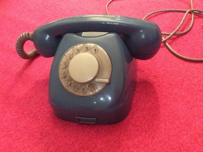 STARÝ BAKELITOVÝ TELEFON TESLA