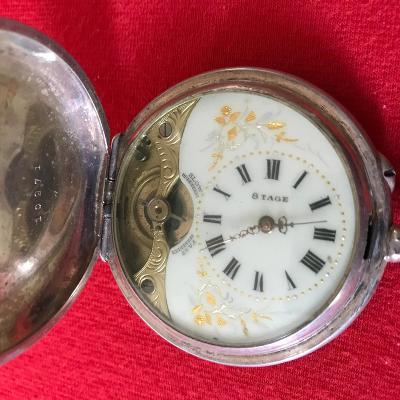 Stříbrné kapesní hodinky (staré)