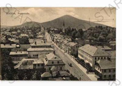 Bor Česká Lípa pohled ulicí částečný záběr města