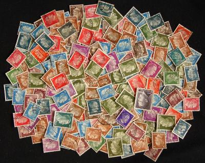 Zajímavá sbírka známek pouze HITLER