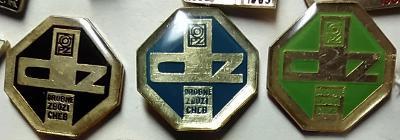 P56 Odznak Drobné zboží Cheb 22x22mm   3ks