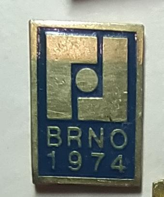 P54 Odznak Výstaviště Brno 22x15mm, 1974  1ks