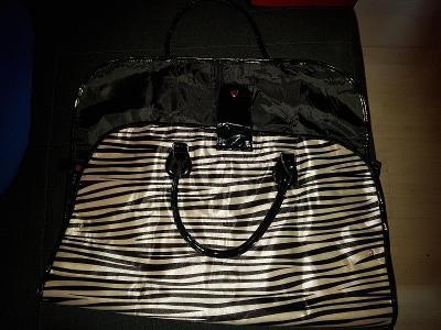Avon taška rozkládací 86x57 cm