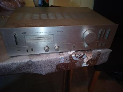 JVC A-X1 stereo integrated amplifier