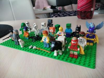 SMĚS LEGO FIGUREK