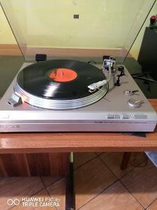 Prodam pekny kvalitni gramofon-SONY PS-313 FA